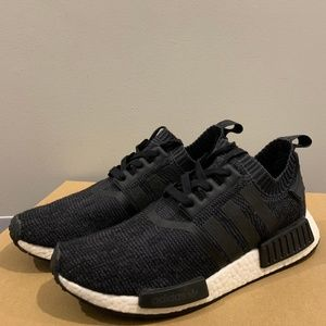 Men Adidas NMD R1 Winter Wool Core size 9.5 (USED)